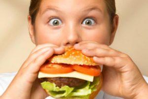 Obesità infantile, come prevenire l'obesità infantile